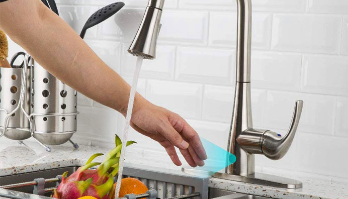 How Does a No Touch Kitchen Faucet Work