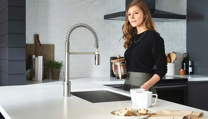 5 Best Touchless Kitchen Faucets Reviews Buying Guide 2020